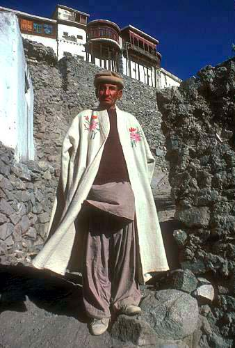 Pakistan Hunza Baltit Fort male costume