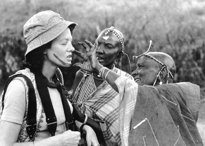 BWK001_Christine Osborne with friendly Masai 1972
